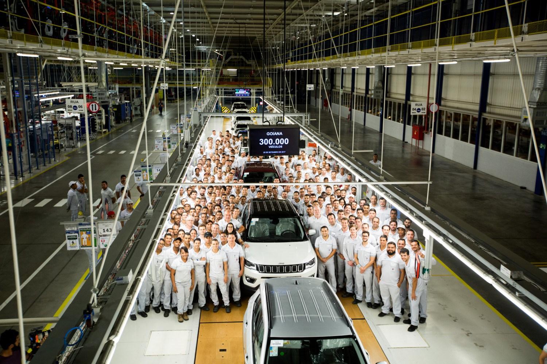Fábrica Fiat Chrysler Jeep em Operação