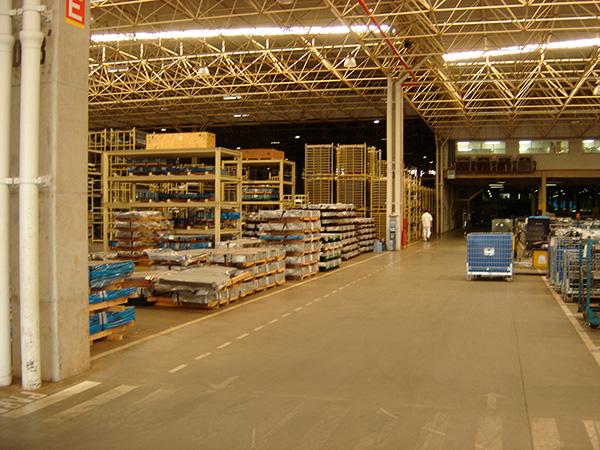 Piso Industrial da LSL Honda com o sistema de piso sem juntas Jointless 54 HP